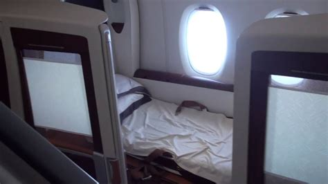Singapore Airlines A380 First Class Suite - YouTube