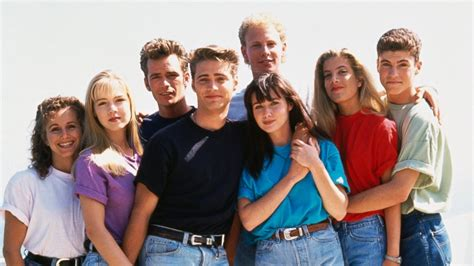 'Beverly Hills, 90210' Turns 25: What You Never Knew About