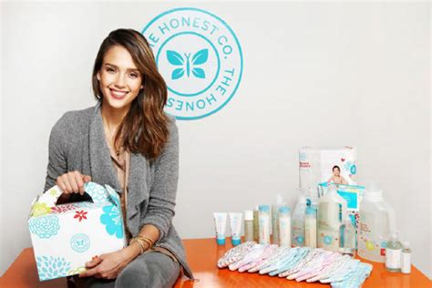 Jessica Alba launches website selling eco-baby products