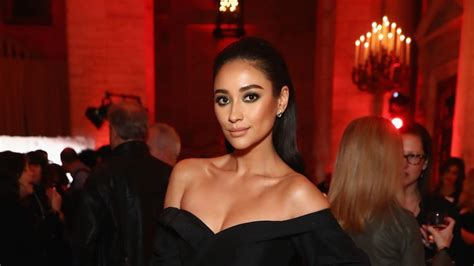 Shay Mitchell Responds to Those Accusing Her of Faking Her