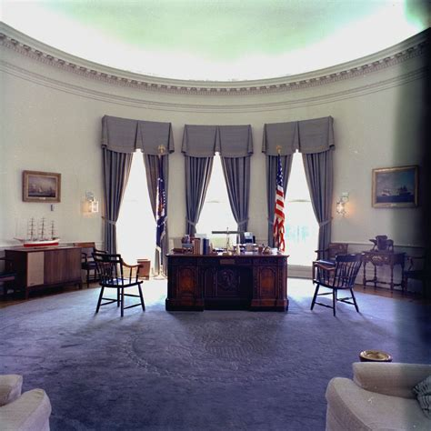 White House Rooms: Oval Office, Cross Hall, East Room
