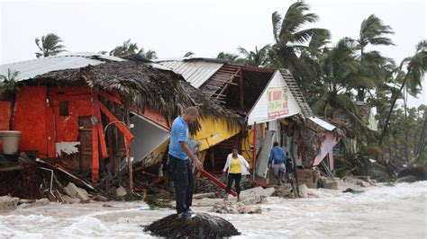 Hurricane and earthquake disasters to cost global insurers