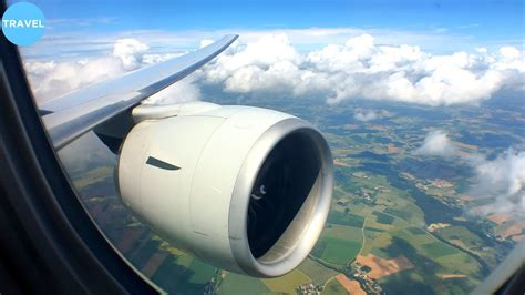 ENGINE VIEW   Singapore Airlines 777-300ER Landing at