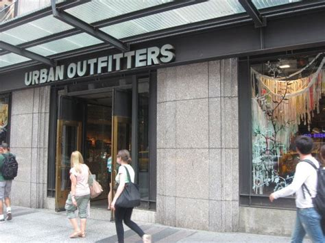 Urban Outfitters, 5th Avenue