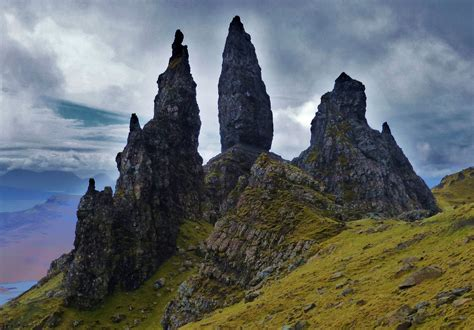 Old Man of Storr   Best Time To Visit   Top Tips Before