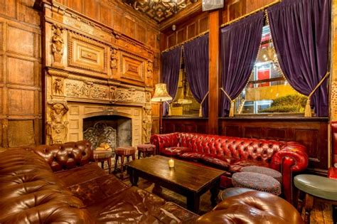 The Old Queens Head Pub Essex Road Angel London Reviews