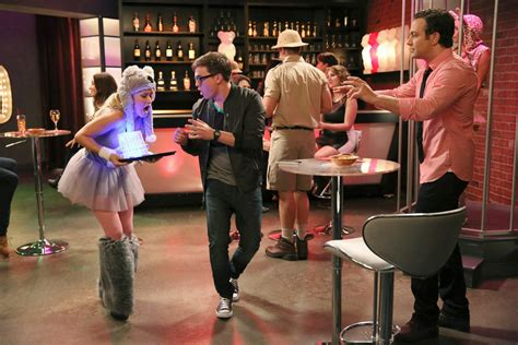 Young and Hungry Season 1 Episode 6